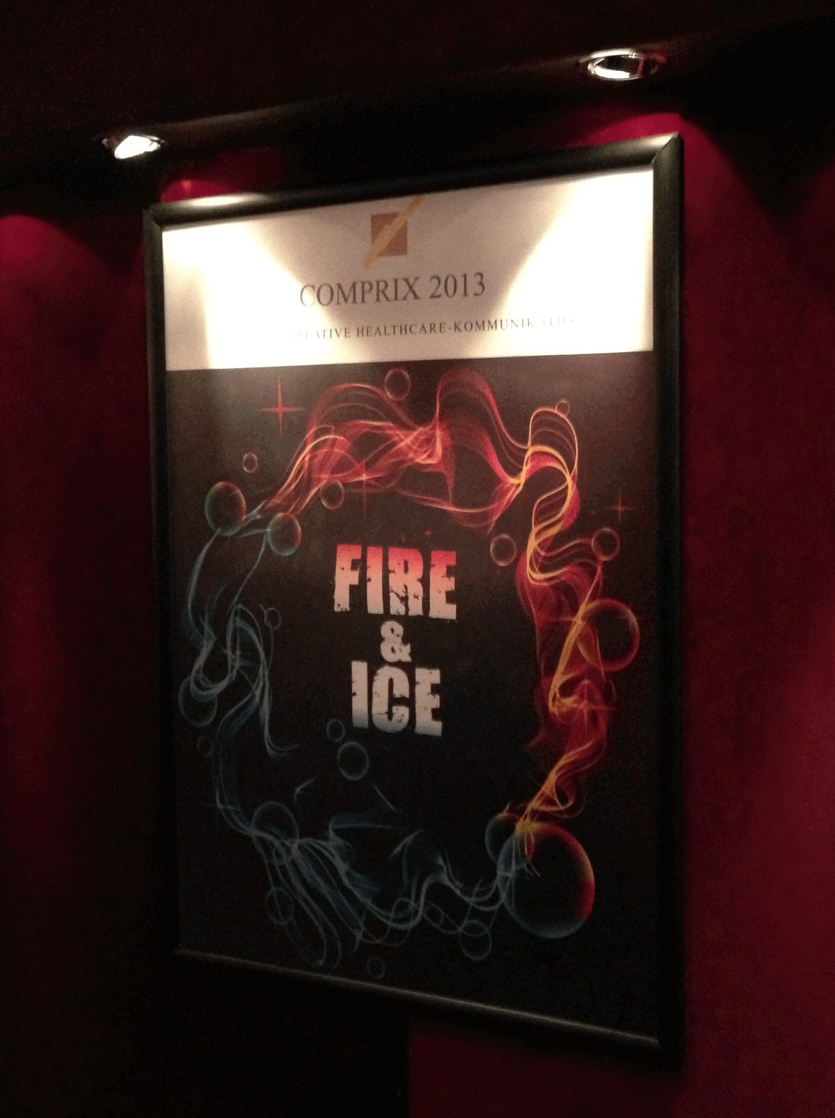 Plakat des Comprixs Fire and Ice