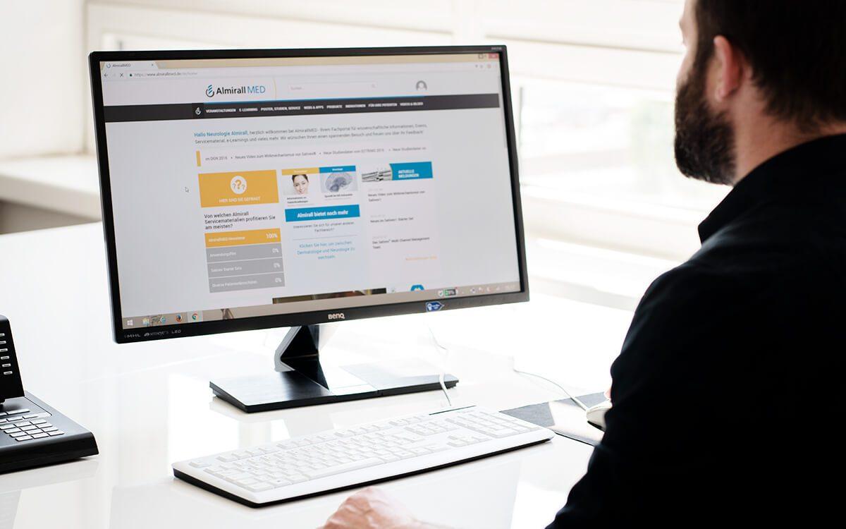 Desktop-Ansicht Fachkreise-Webseite www.almirallmed.de